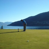 Birdie time, Queenstown Golf Course
